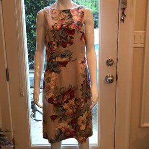 NWT Gorgeous Spring Dress!💃💋💅